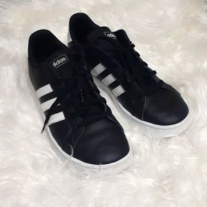 Adidas Black Superstar Sneakers Size 5 1/2